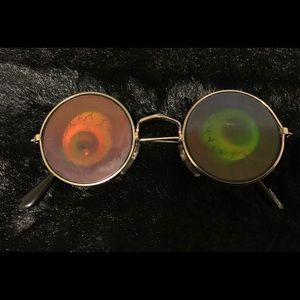 Moving Eyes Sunglasses ..